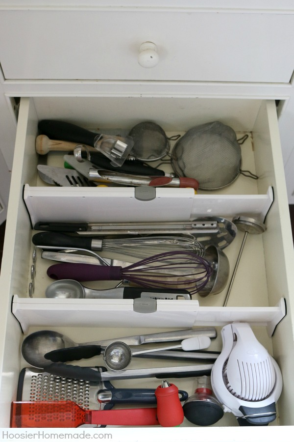 Keep your drawers organized with these expandable drawer dividers! Pin to your Organizing Board!