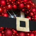 Ornament-Wreath-Santa-FEATURE