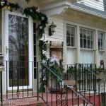 Outdoor Christmas Decor : 100 Days of Homemade Holiday Inspiration on HoosierHomemade.com