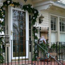 Outdoor-Decorations-Christmas.vintage-lanterns220