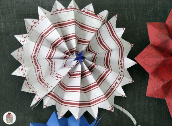 Origami MAGIC STAR: FIREWORKS 万華鏡 - Yakomoga Easy Origami ... | 439x600