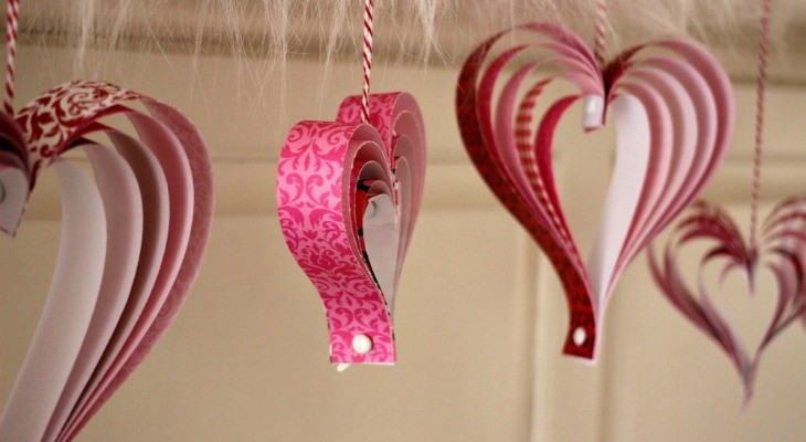 Valentine's Craft: How to make Paper Hearts