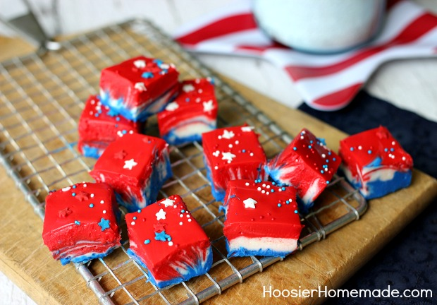 Patriotic White Chocolate Fudge: 4th of July Dessert Recipe | on HoosierHomemade.com