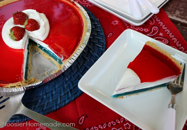 Easy Patriotic Pie | Recipe on HoosierHomemade.com