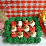 Picnic Cupcakes - May 2011