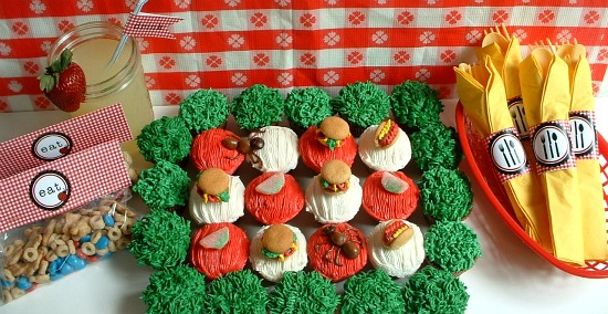 Picnic Cupcakes.featured