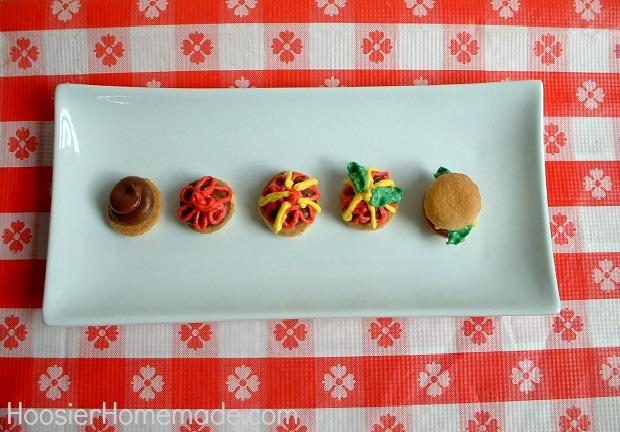Picnic Cupcakes :: Instructions on HoosierHomemade.com