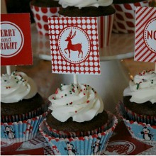 Printable-Red-Christmas-Cupcake-Topper.PAGE