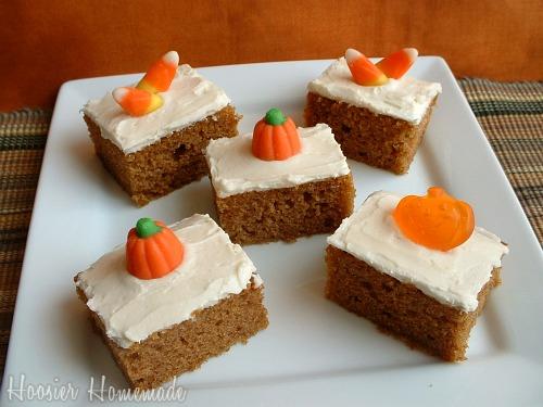 http://hoosierhomemade.com/wp-content/uploads/Pumpkin-Bars.jpg