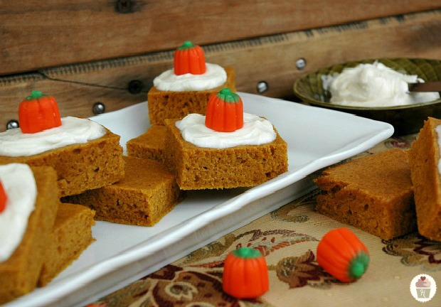 Fire up your oven! Here are 12 Amazing Pumpkin Desserts for you to choose from! Pin to your Pumpkin Board!
