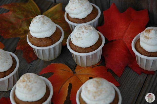 Pumpkin Pie Cupcake Bites Recipe on HooiserHomemade.com