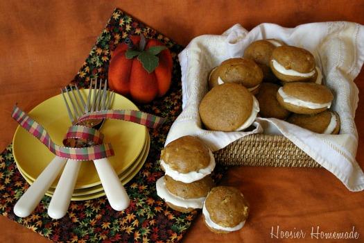 Pumpkin-Whoopie-Pies.1