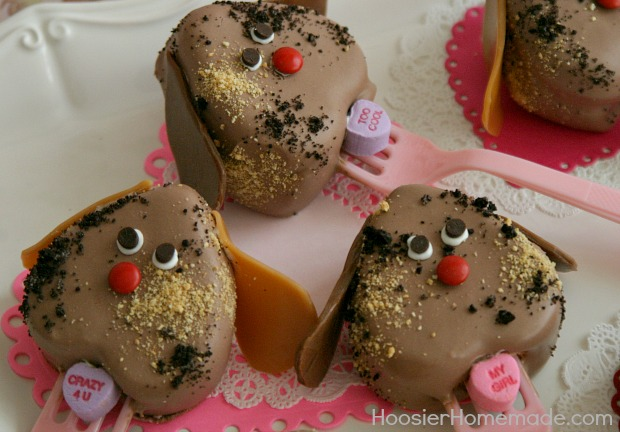 Puppy Love Pops : Valentine's Day Treat : Recipe and Instructions on HoosierHomemade.com