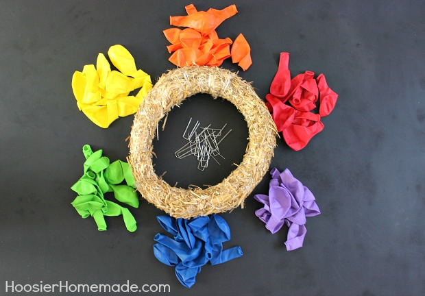 How to make a Balloon Wreath :: Full instructions on HoosierHomemade.com