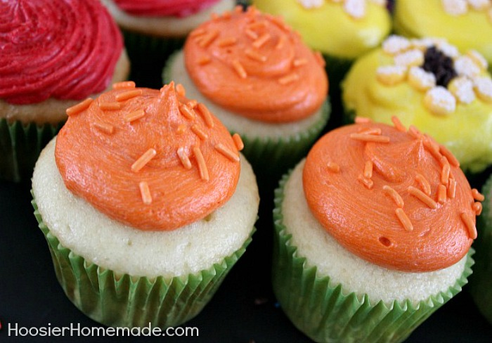 Cupcakes with Orange Frositng