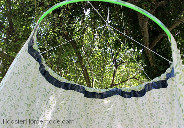 Easy DIY Hula Hoop Tent  :: Instructions on HoosierHomemade.com