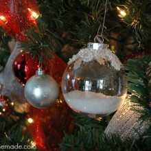 Magical Scandinavian Christmas Tree Decorations :: HoosierHomemade.com