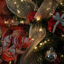 Red-Christmas-Tree.220