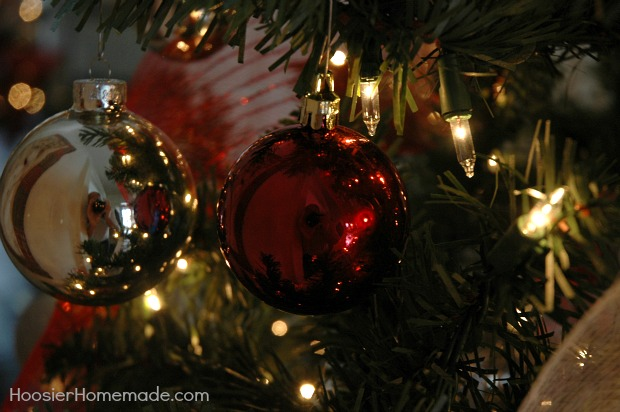 red and silver ornaments - How To Make Scandinavian Christmas Tree Decorations