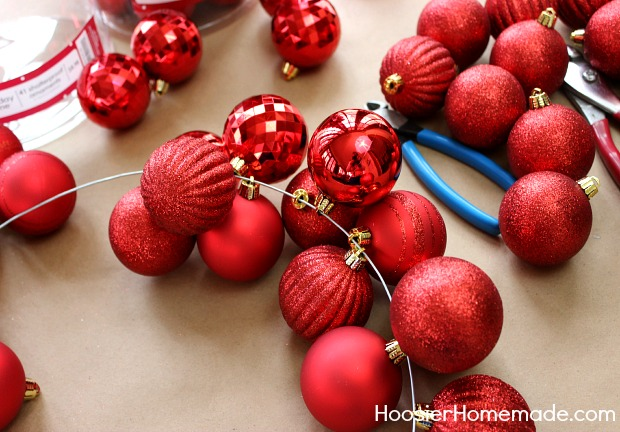 DIY Ornament Garland | Instructions on HoosierHomemade.com