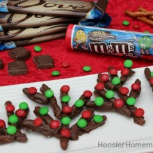 Kid's Christmas Treat: Reindeer Antlers on HoosierHomemade.com
