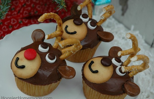 Reindeer Cupcakes: Cupcake Chronicles Newsletter : HoosierHomemade.com