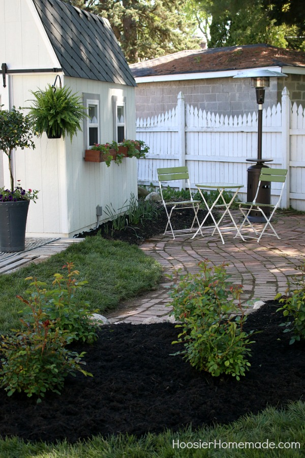 HOW TO DESIGN A SMALL ROSE GARDEN - Learn how to design and plant your own rose garden