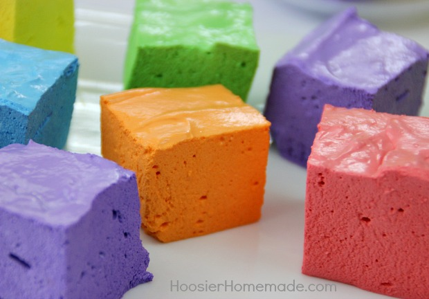 Simple Homemade Marshmallows | Recipe on HoosierHomemade.com