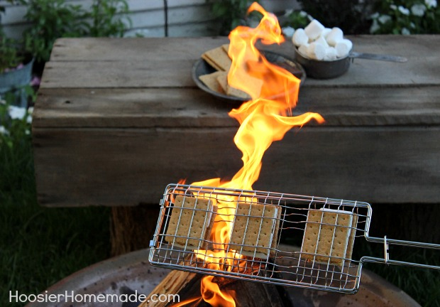 Backyard Camping: Campfire S'mores on HoosierHomemade.com