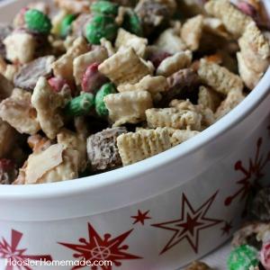 Christmas Snack Mix :: HoosierHomemade.com
