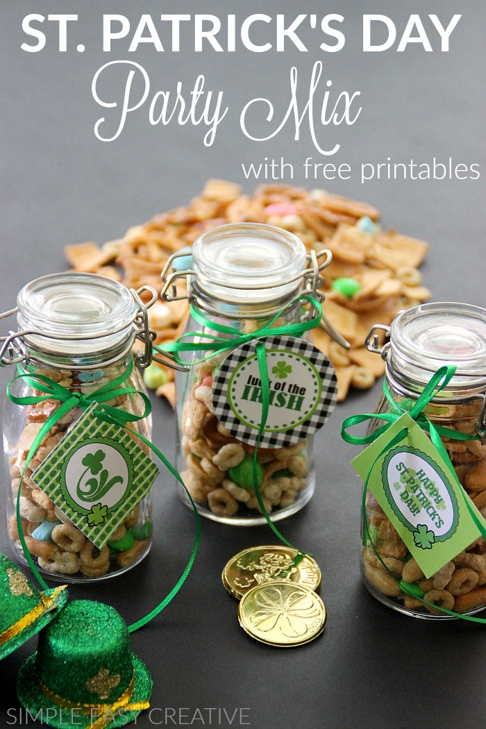 Snack Mix in Jars with Free Printable