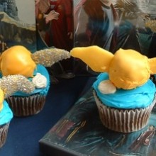 Snitch Cupcakes.featured