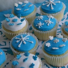 Snowflake-Cupcakes.2