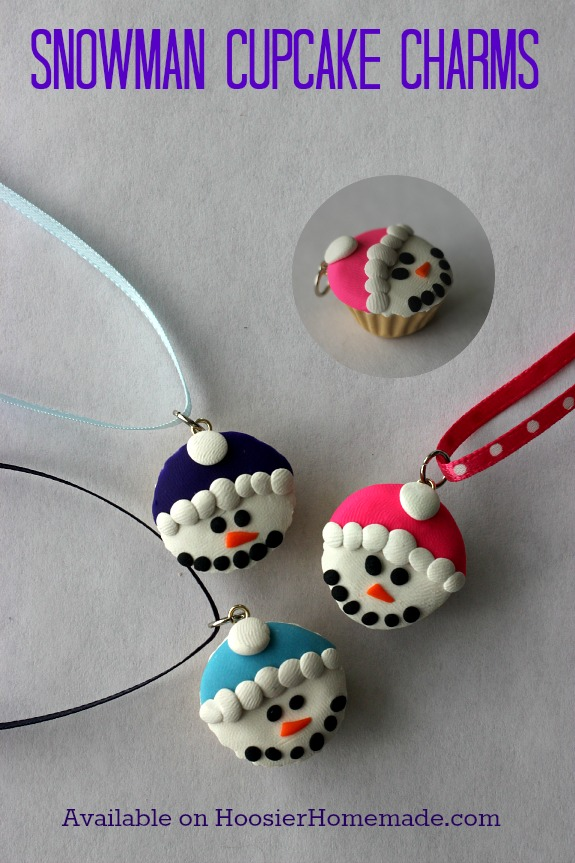 Love cupcakes? These adorable Snowmen Cupcake Charms are adorable! Grab yours today! Pin to your Cupcake Board!
