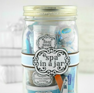 Spa Gift in a Jar :: HoosierHomemade.com