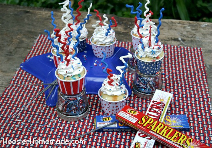 4th of July Sparkler Cupcakes