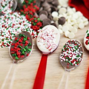 Chocolate Christmas Spoons :: HoosierHomemade.com