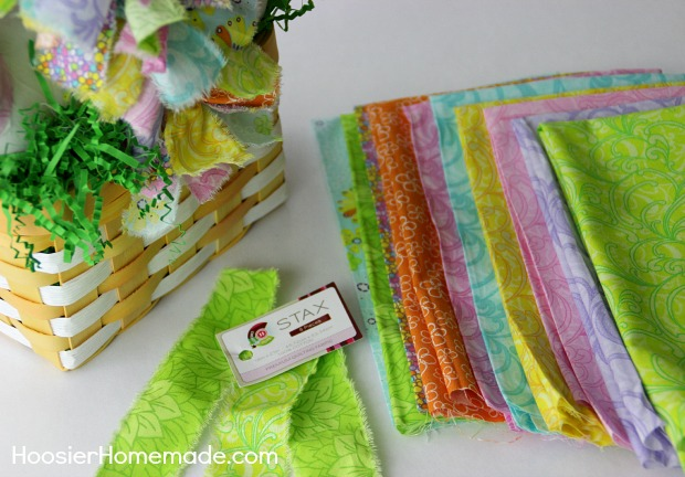 Spring Decorating: Easy Rag Tie Basket | Direction on HoosierHomemade.com