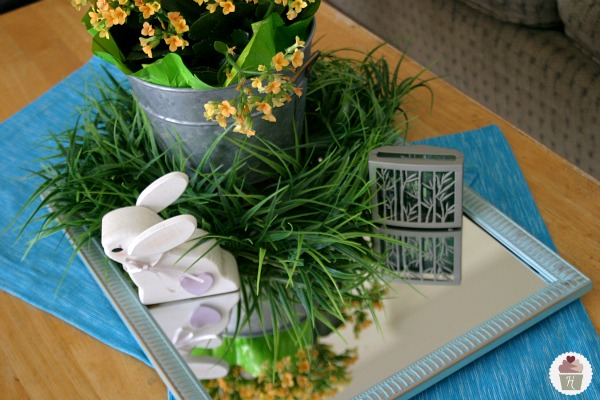 Spring-Decorating-Renuzit-Fresh-Accents-table