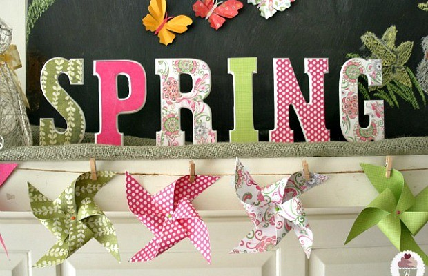 Spring Mantel Garland on HoosierHomemade.com