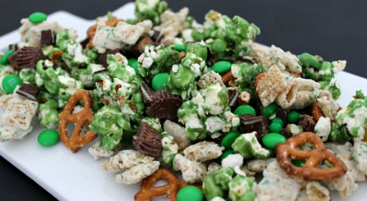 Luck of the Irish Party Mix for St. Patrick's Day