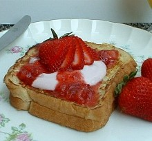 Strawberry French Toast.featured