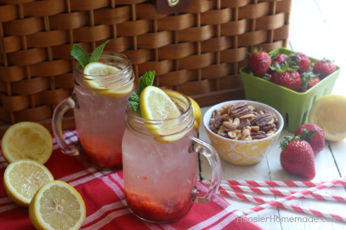 Strawberry Lemonade made from scratch without the sugar