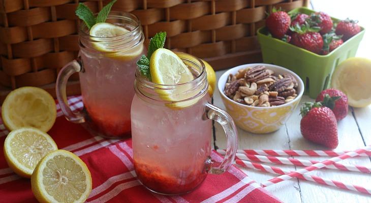 Skinny Strawberry Lemonade