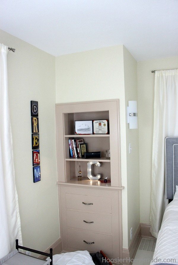 Small Bedroom Makeover Transform Your Small Bedroom With Just A Few Simple Steps