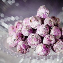 Sparkly Sugar Plums:100 Days of Homemade Holiday Inspiration on HoosierHomemade.com