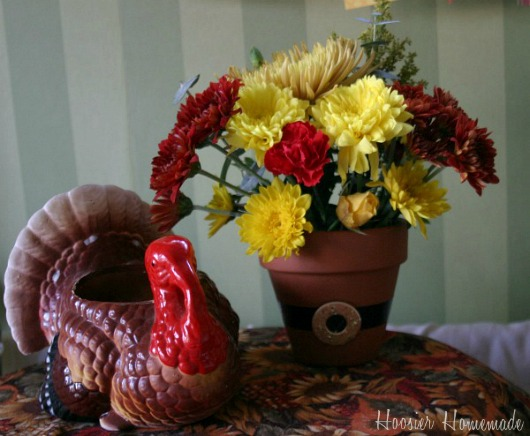 Easy thanksgiving centerpiece hoosier homemade for Diy thanksgiving floral centerpieces