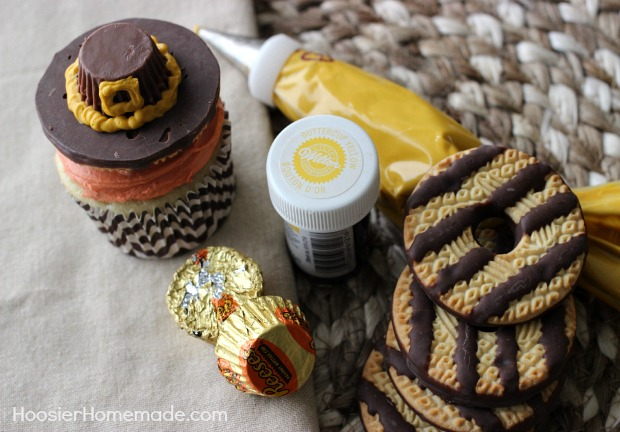 Pilgrim Hats made from cookies and candy for Thanksgiving