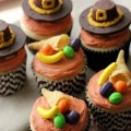 Thanksgiving-Cupcakes.FEATURE