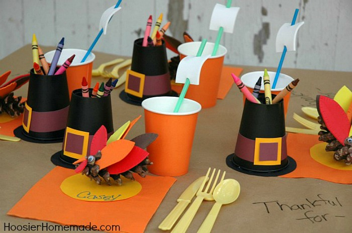 Pilgrim Thanksgiving Kiddie Table | Thanksgiving Table Settings And Decor Ideas To WOW Your Guests